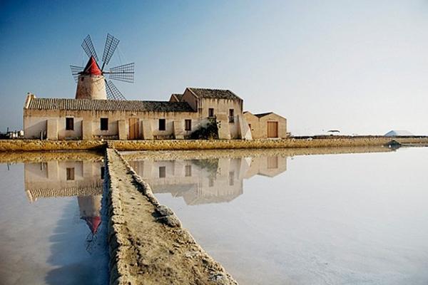 """""""Laguna dello stagnone"""" con le Saline e Isola di Mozia"""